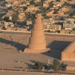 794px-The_spiral_minaret_in_Samarra_Jim Gordon